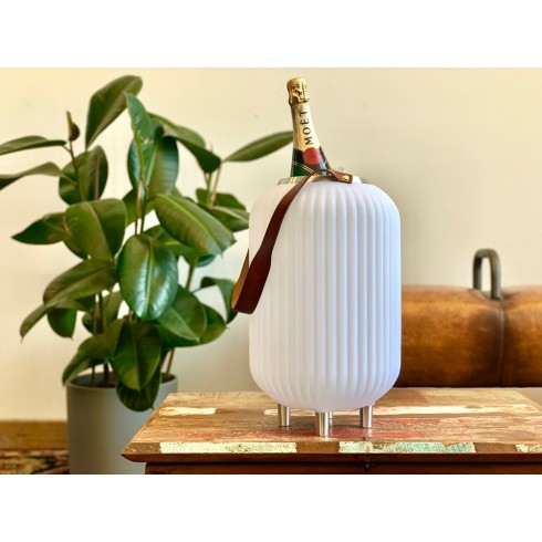 The.Lampion M - Bluetooth Speaker, Wijnkoeler en Multicolor Lamp van Nikki.Amsterdam