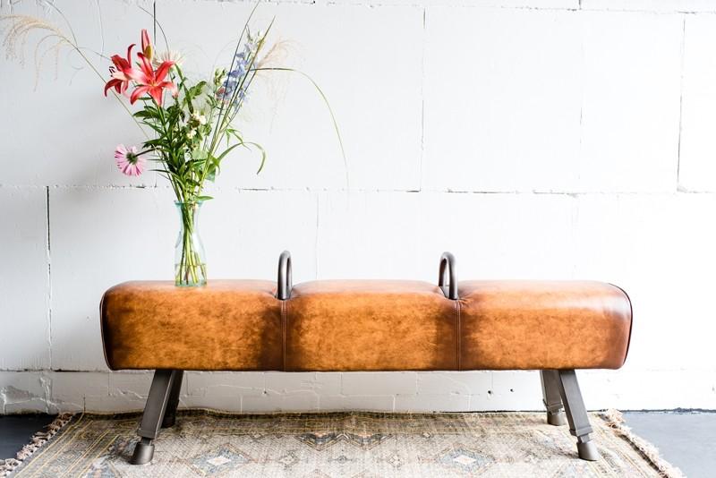 kare design gabby gym bank leren springbok. Black Bedroom Furniture Sets. Home Design Ideas