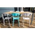 RVS terrastafelset met By-Boo stoelen bij zooff op het terras