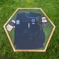 Voorbeeld vd Sar voetbalshirttafel van van Abbevé met Liquid Gloss® Epoxy coating