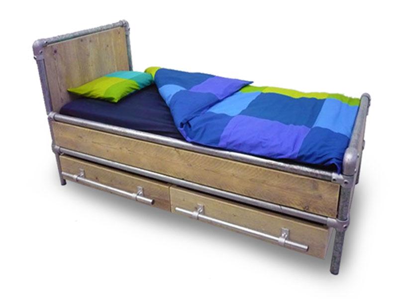 Van Abbeve Eenpersoons Steigerbuis Steigerhouten Bed