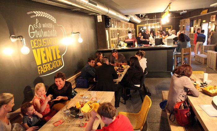 Steigerbuislampen - Project Biercafé Frankrijk La Mousse Gourmande